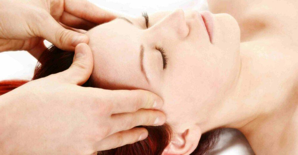 Mal di testa, gli effetti positivi del trattamento osteopatico