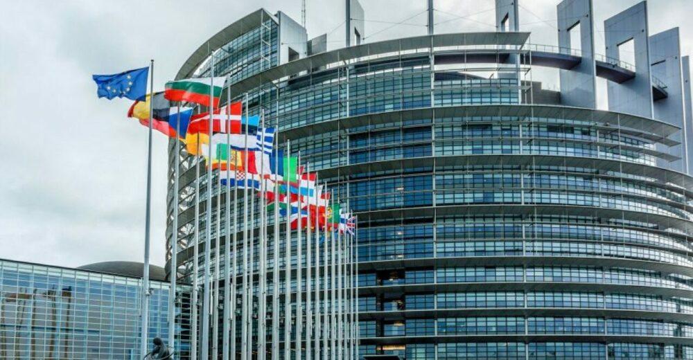 Recovery Fund, Parlamento Ue blocca i negoziati sui finanziamenti europei