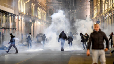Photo of Ultras, estremisti di destra, anarchici: ecco gli infiltrati nelle proteste contro il Dpcm