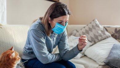 Photo of Coronavirus, come curarsi a casa: eparina no, cortisone dopo 72 ore