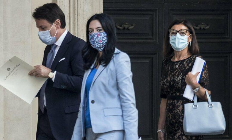 Photo of Rimpasto di governo: da De Micheli ad Azzolina chi rischia la poltrona