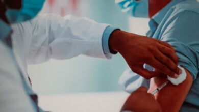 Photo of Vaccino anti-Covid, dopo Pfizer anche Moderna ha superato la Fase 3: «Efficacia al 94,5%»
