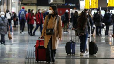 Photo of Covid, iniziato l'esodo natalizio: 200 mila persone in partenza da Milano