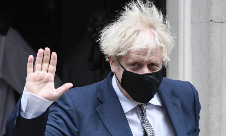 Photo of Lockdown di Natale a Londra: «La nuova variante del virus circola più velocemente»