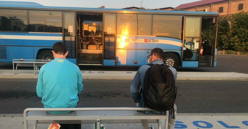 Più autobus, steward e tamponi: ecco come la Toscana riapre le scuole