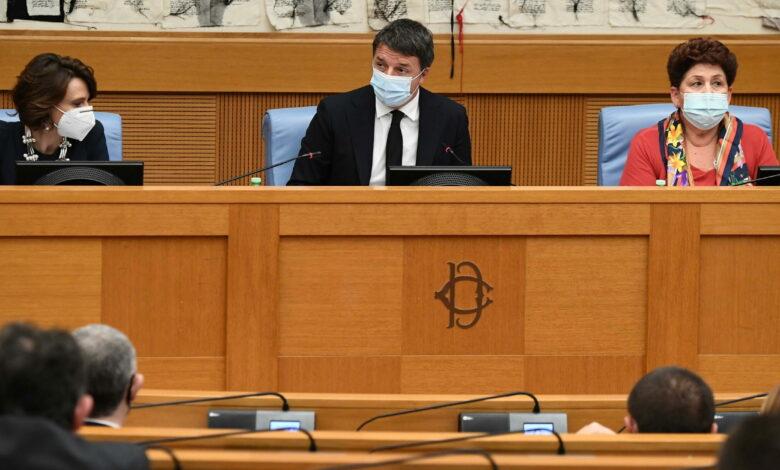 Photo of Renzi ritira le ministre: si apre la crisi di governo