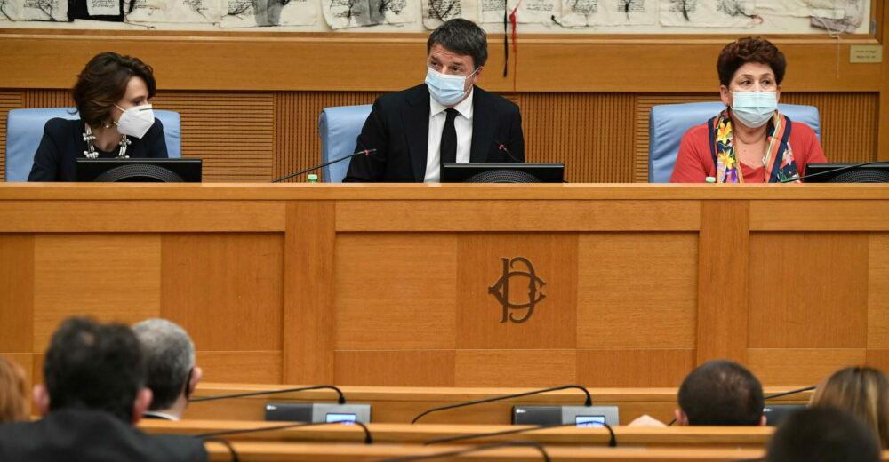 Renzi ritira le ministre: si apre la crisi di governo