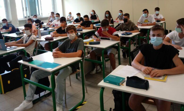 Photo of Scuola, Cts: «Si può tornare in presenza. Chi chiude se ne assume la responsabilità»